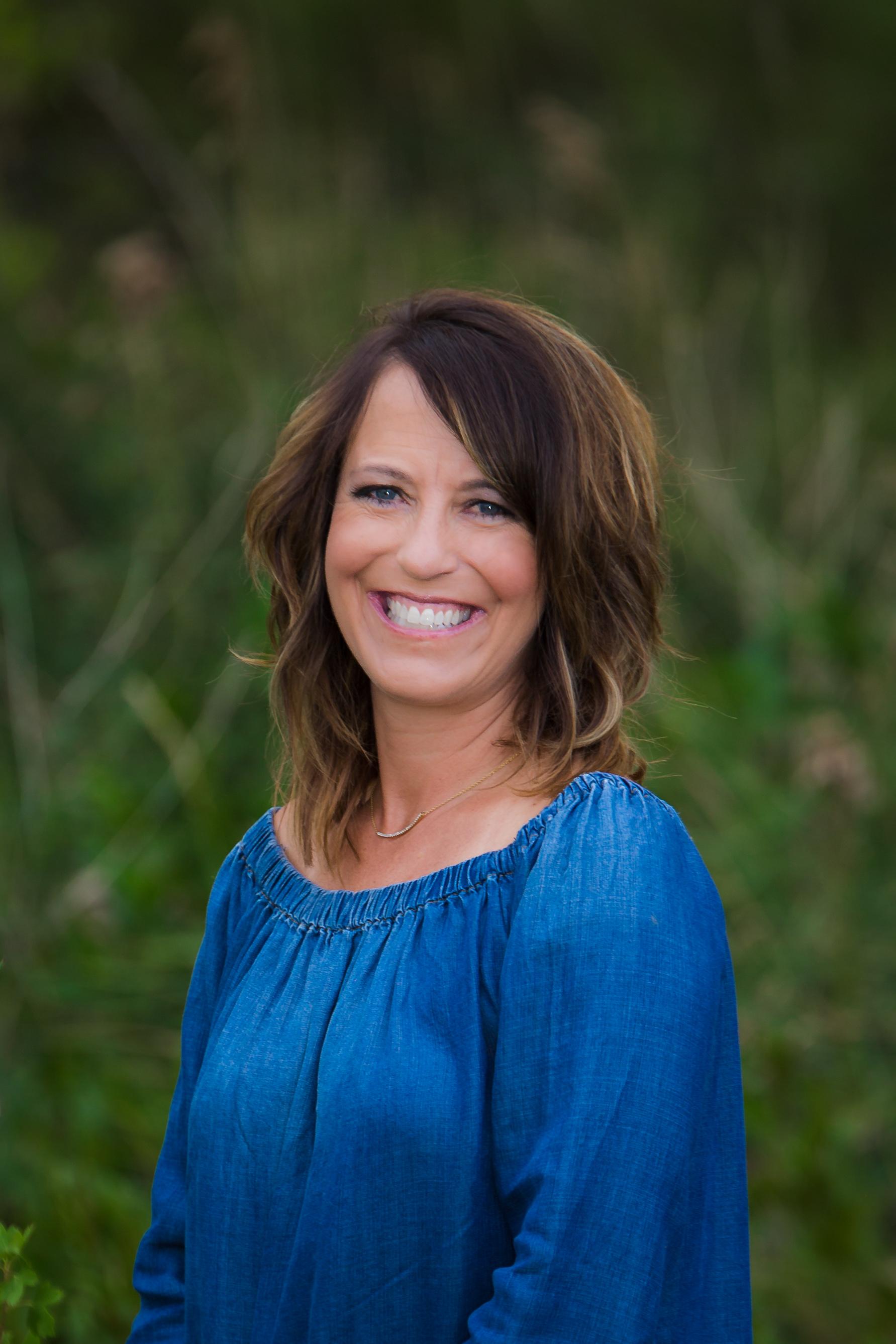Carolyn Gdowski Portrait August 2017 2-1