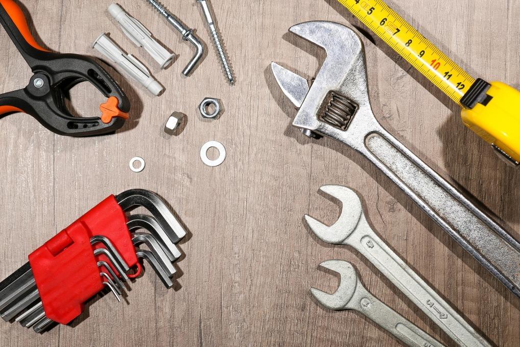 tool-2663036_1920